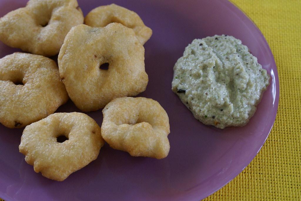 Garelu with kobbari pachadi