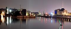 spreekitsch (kap4001) Tags: berlin water skyline night reflections river lights nacht kitsch fluss spree kitchy oberbaumbrcke reflektionen kitschig mediaspree