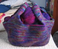 IMG_1716.JPG (grnmtnmama) Tags: bag market knitty