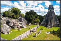 El lugar de las voces - Yax Mutul (dmolinma) Tags: vacation naturaleza green nature clouds landscape holidays colours maya guatemala selva paisaje colores jungle tikal nubes jaguar templo pirmide piramids petn