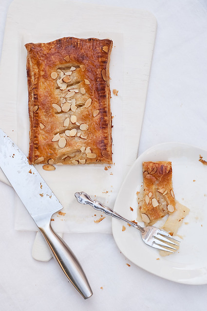 Pear, Honey & Ginger Slab Pie