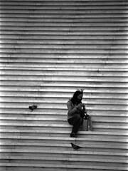 La défense (flallier) Tags: bw nb noiretblanc blackandwhite paris défense defense fe2 nikon kodak 400tx trix d76 esplanadedeladéfense argentique film 35mm nikonfe2 stairs escaliers photographieargentique nikonfilmcamera escalerasstairs humaningeometry streetshot photodonuts analog line geometric geometry îledefrance 92 françoislallier 2010 yahoo:yourpictures=blackandwhite bnw mono monochrome