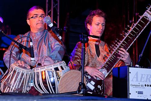 ArtsEkta artists Mukesh Sharma and Daniel Perswick playing Indian Tabla & Sitar
