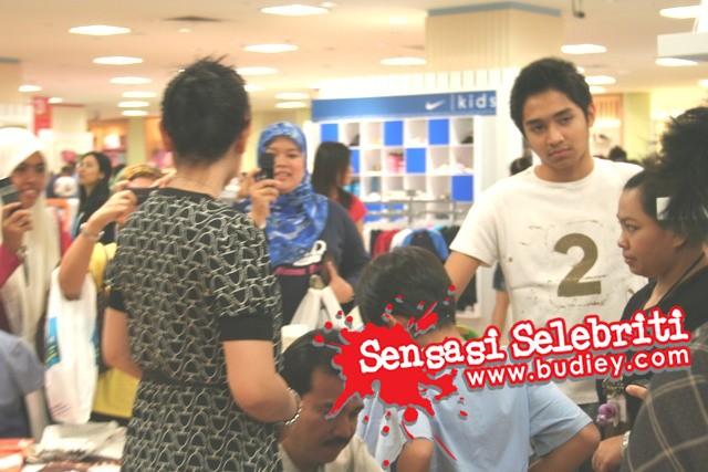 Gambar Datuk Siti Nurhaliza