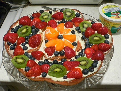 Karen's fruit pizza!