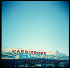 Happidrome (Squid Ink) Tags: holga southendonsea