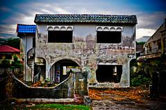 Rumah Hijau-2 (MohdFaizHashim) Tags: old house double story lama rumah banglo rumahhijau