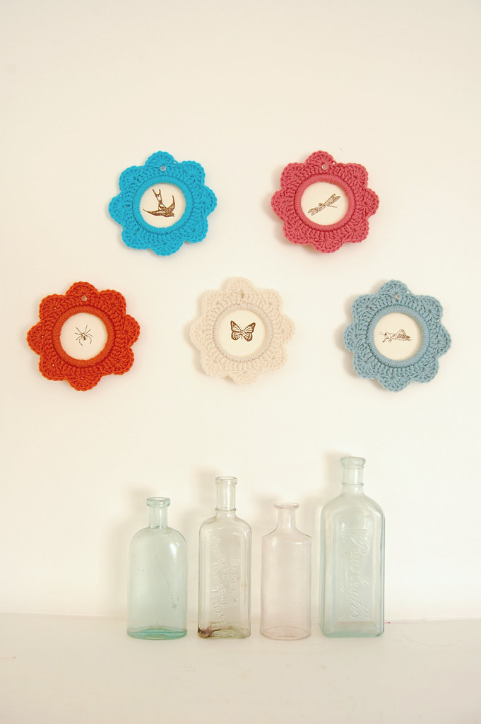 'Mary Go Rounds' as picture frames