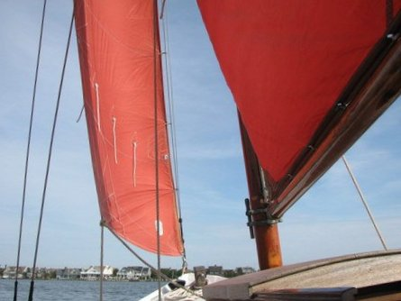 Red sails return