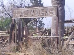 Las Vegas (canelox23) Tags: las vegas trenes trains via estacion principal montenegro abandono ferrocarriles ferrocarril anden calera deterioro fepasa triangulo llayllay nortino sitrans