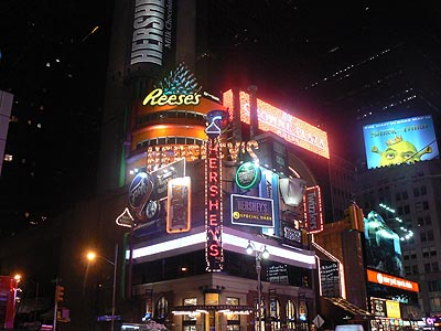 harshey's times square 2.jpg