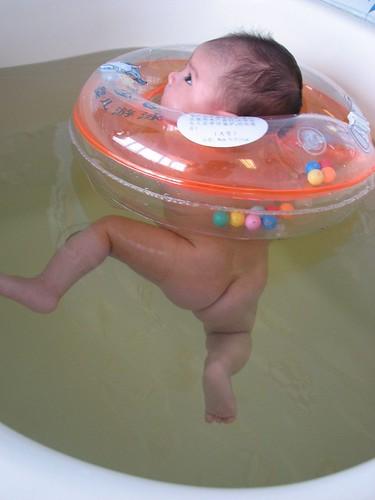 Underwater kung-fu