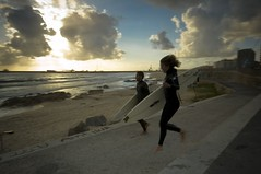 Run! (trazmumbalde) Tags: ocean sunset sea beach portugal happy europe surf run atlantic motionblur matosinhos