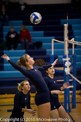 NCAA Volleyball (n8xd) Tags: girls college sports female ball women university action michigan womens best volleyball ncaa northern volley midland northwood collegiate 2010 vollyball pallavolo voleibol plfoli nmu glvc  siatkwka  volleyboll  gliac d3s  microwavephoto volleyeuse  northwoodfocus   eitpheil