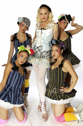 gwen stefani and harajuku girls