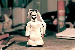 Bu 3oof (-ViDa-) Tags: guy dude clay arab arabian claymation localkandoora