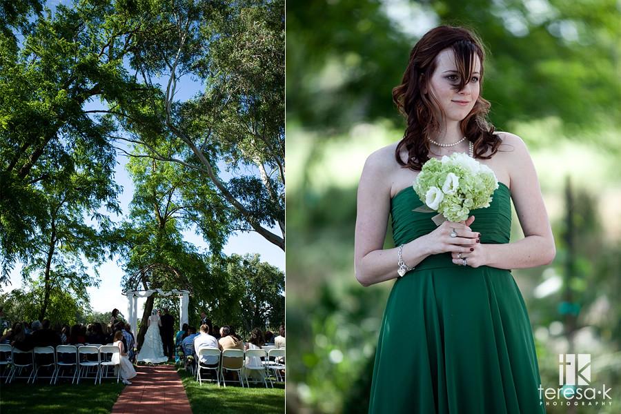 bridemaid in green dress at outdoor wedding ceremony, teresa k photography, Folsom wedding photographer