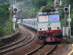 E632.057 (Maurizio Zanella) Tags: treni trains ferrovie railways trenitalia fs e632057 italia genova pianoorizzontale r1833