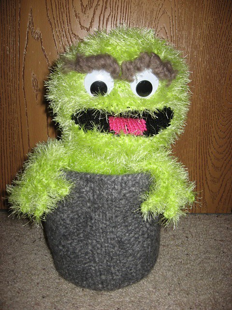 Oscar the grouch free knitting pattern trash muppet sesame street