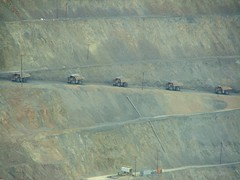 Kennecott Copper Mine (ribizlifozelek) Tags: truck utah ut mine copper openpit blueribbonwinner
