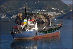 Boat (Nespyxel) Tags: seascape boat barca ship nave isle ponza isola mercantile challengeyouwinner nespyxel stefanoscarselli pleasedontusethisimageonwebsites blogsorothermediawithoutmyexplicitpermissionallrightsreserved