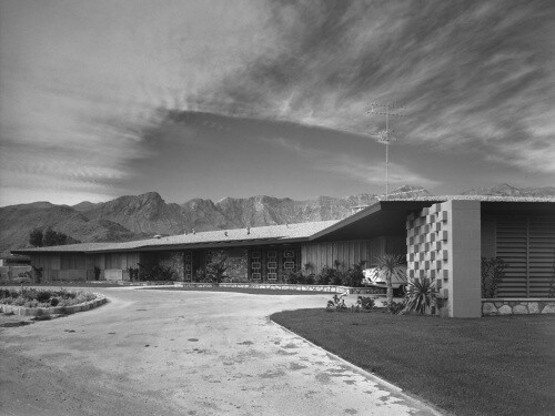 Ball-Arnaz Residence, Palm Springs, California (Julius Shulman Photographic Archive)