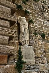 Estatua Romana (ibzsierra) Tags: canon ibiza 7d walls eivissa oldtown estatua romana baleares murallas daltvila digitalcameraclub patrimoniohumanidad