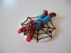 mini spidey (robin33smith) Tags: birthday spiderman cupcake superhero fondant gumpaste cupcaketopper robinscakeart