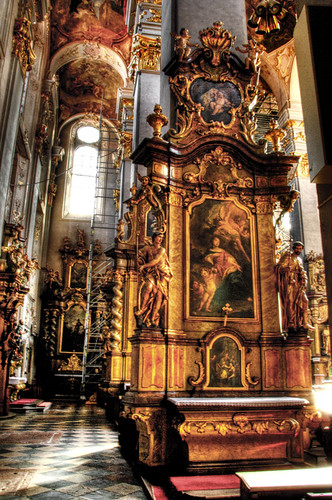 In a church. Prague. En una iglesia. Praga