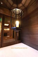聯聚怡和 電梯間
