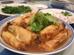 Beancurd Rolls with Shredded Daikon Radish and Carrot by avlxyz