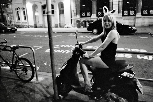 Coelhinha da Playboy e moto, Gostosa Coelhinha da Playboy moto,coelhinha na moto, happy Easter, Easter bunny on bike, Woman playboy in the bike, babe om bike,gostosa na moto, girl on bike, sexy babe on bike, sexy on motorcycle, babes on bike, ragazza in moto, donna calda in moto, femme chaude sur la moto, mujer caliente en motocicleta, chica en moto, heiße Frau auf dem Motorrad