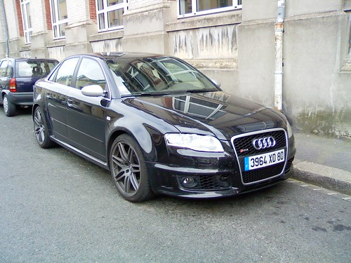 Audi Rs4 Avant 2011. Audi RS4 Avant