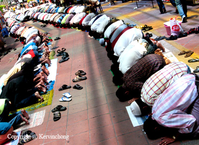 Prayers02