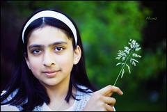Z (*monz*) Tags: summer portrait color colour macro green smile face grass canon eyes bokeh posed 100mm ef headband cs3 aliceband f28l monz 100mmf28l 5dmk2 100mmf28lis
