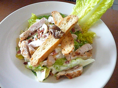 caeser salad with chicken