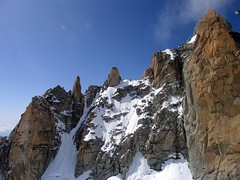 Arête des cosmiques (NòO) Tags: alps alpes mountaineering chamonix alpinisme aiguilledumidi arêtedescosmiques middayneedle cosmicedge