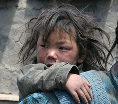 Tibetan boy (Ingiro) Tags: boy children kid tibet tibetan ingiro interestingness55 i500