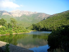 Petit lac de l'Argentella et son barrage