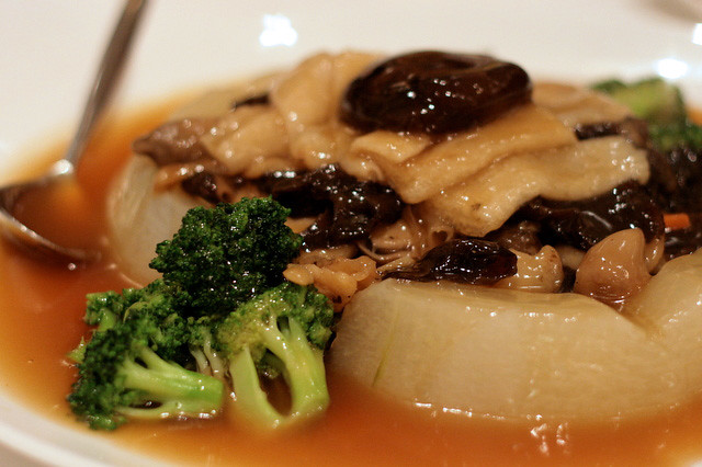 Sauteed Assorted Vegetables served on Winter Melon Ring