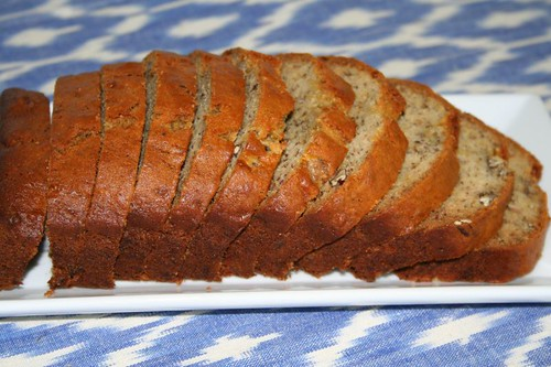 Banana Nut Bread: Sliced