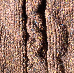 cable raglan detail