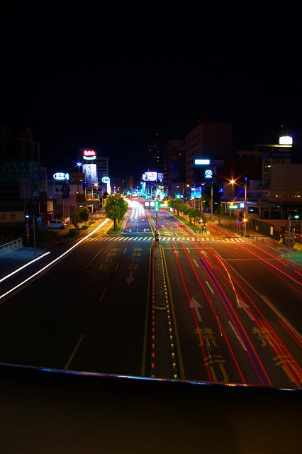 關於初學者接觸拍夜景的一些操作分享(用K-X當範例)