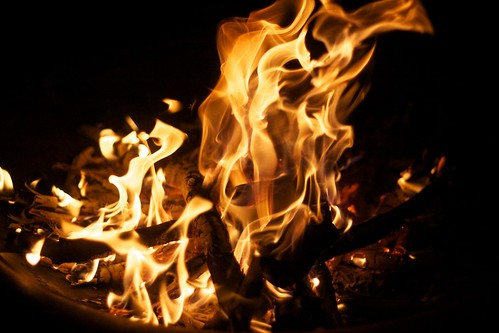 """Fire at the Parents • <a style=""""font-size:0.8em;"""" href=""""http://www.flickr.com/photos/37422422@N02/5158304162/"""" target=""""_blank"""">View on Flickr</a>"""