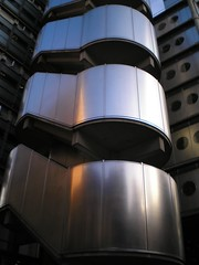 Lloyds of London (kalmanzita) Tags: uk england reflection building london architecture stairs outside office britain steel steelbuilding thecity modernism bank erection lloyds richardrogers lloydsoflondon squaremile rogersstirkharbour