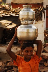 WATER (flavio scarpa) Tags: india water girl missing poor young 50million theindiatree