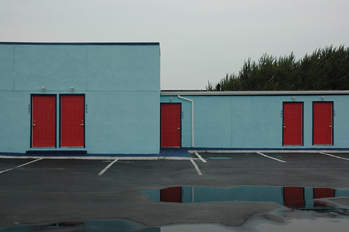 blue and red motel hotel web.jpg