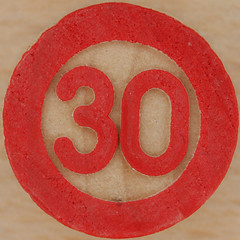 Bingo Number 30 (Leo Reynolds) Tags: 30 canon eos iso100 number squaredcircle lotto 60mm f80 bingo loto housie housey 0125sec 40d hpexif numberset numberbingo houseyhousey xsquarex housiehousie sqset056 bingoset06 xleol30x