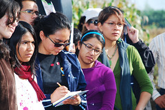 Students take notes at CIMMYT open house (CIMMYT) Tags: woman girl field mxico youth mexico student mujer chica tour group young headquarters visit mexican listening learning campo grupo agriculture visitor mexicano sede visita joven researchcenter estudiante openday escuchando agricultura muchacha aprendiendo researchstation visitante elbatn experimentstation cimmyt dadepuertasabiertas centrodeinvestigaciones estacinexperimental estacindeinvestigacin cimmytapuertaabierta cimmytopenhouse