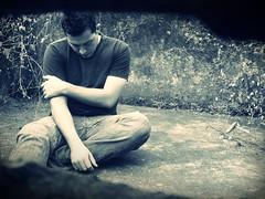 Abandono  /   Abandonment (Racho blah) Tags: white man black blanco loneliness decay negro hombre decadencia